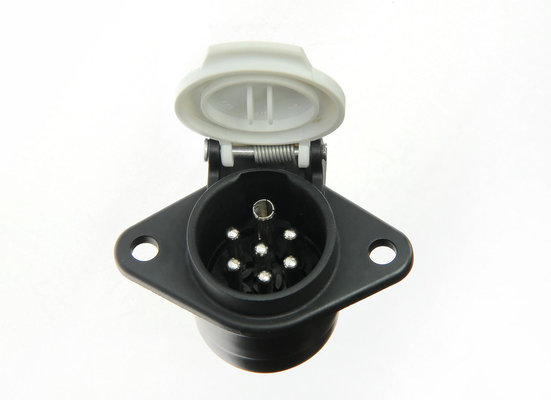 Gniazdo 7 pin 24V typ S plastik