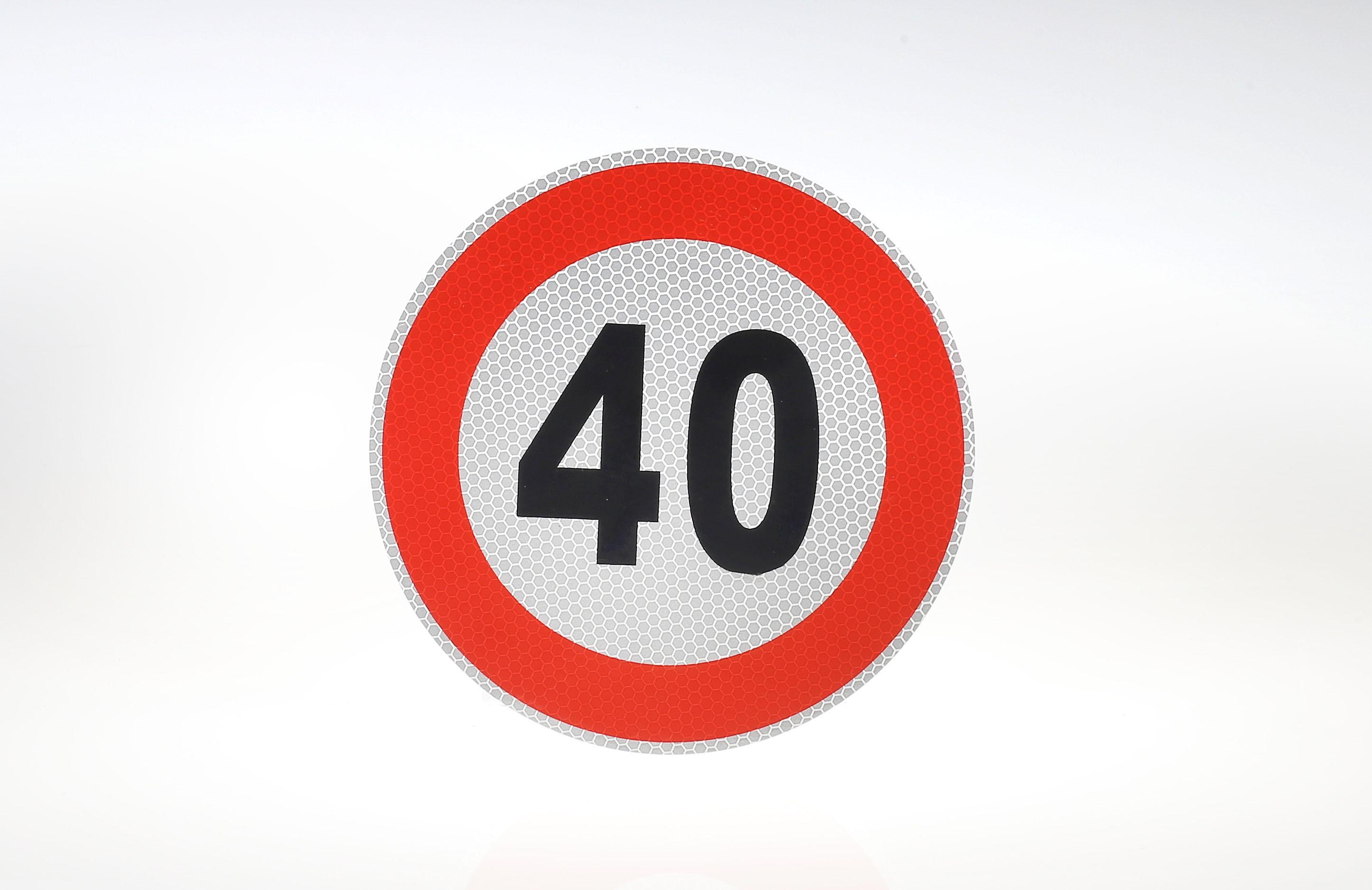 Limit prędkości odblask 40 km/h